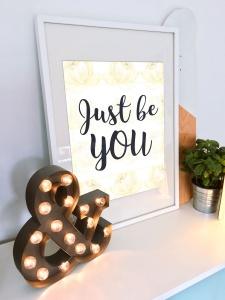 plakat_just_be_you